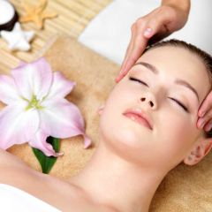 Aromatherapy for skin care